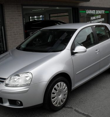 VW GOLF 001